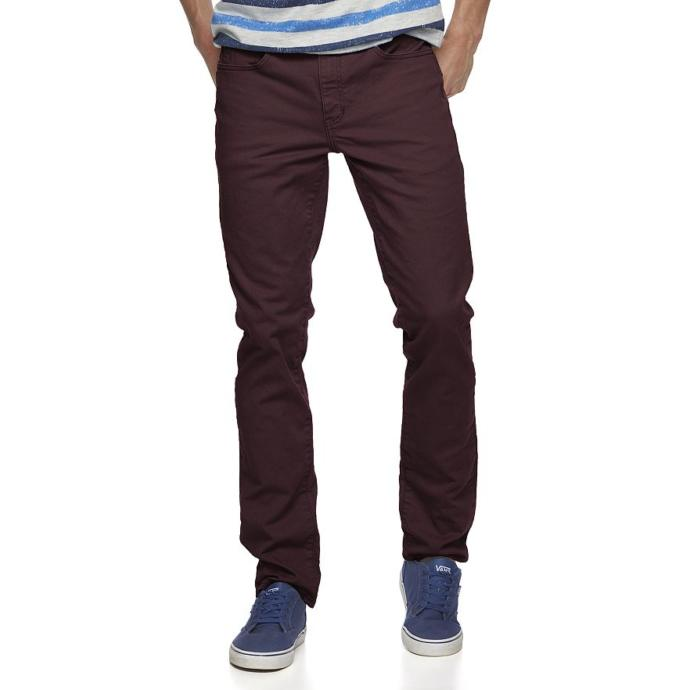 Is this color jeans acceptable for a guy to wear?
