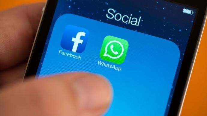 Should I block my ex on whatsapp? - GirlsAskGuys