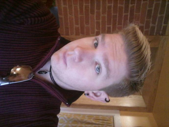 I am in need of a new hair cut, any suggestions??