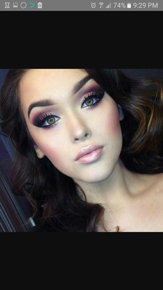 How much makeup do you prefer on a girl??