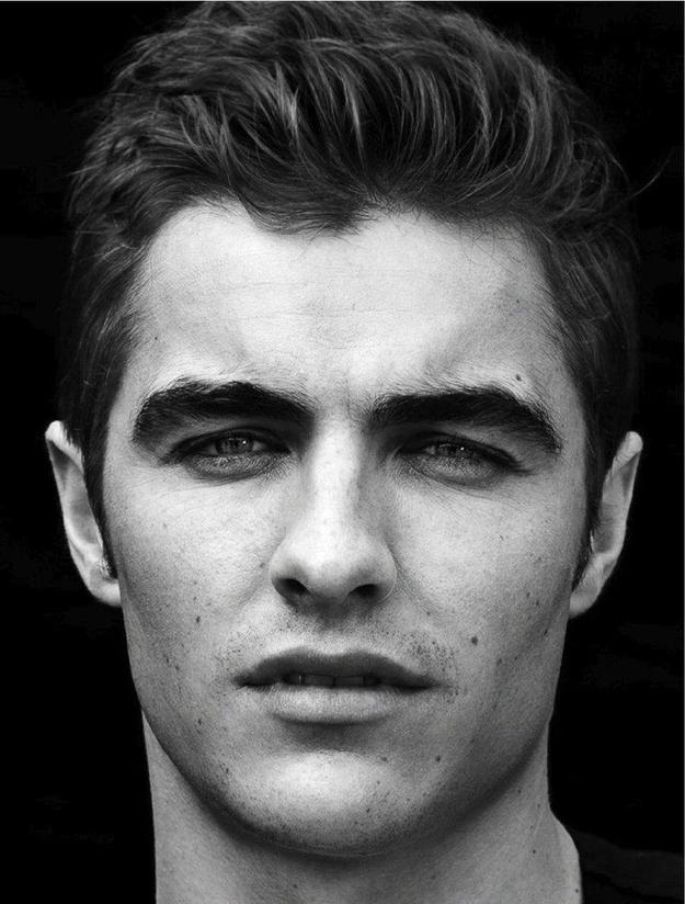 Girls, Do You Prefer Men With Thick Eyebrows Or Thin Ones?
