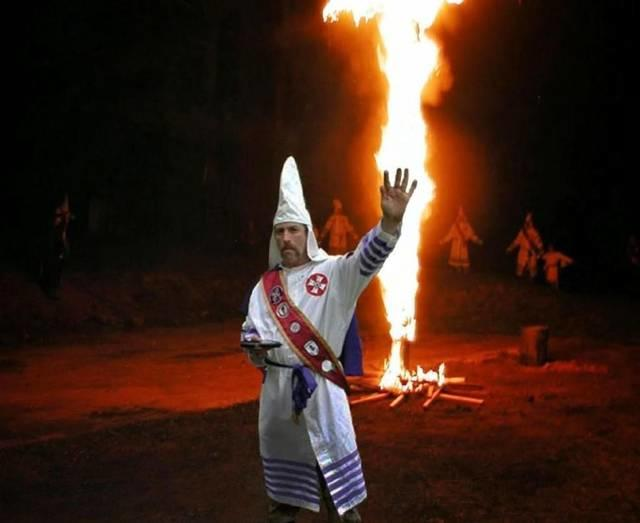 A KKK leader was found murdered on the banks of a river in Kansas, anyone else hope the killer isn't caught?