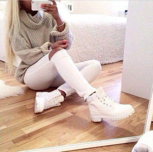 White pants, hot or not (pictures)?