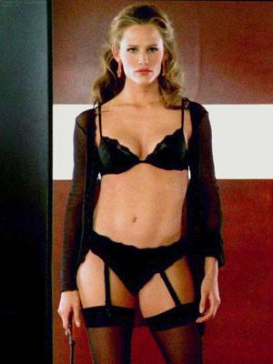 Do you think Jennifer Garner looks like a man?