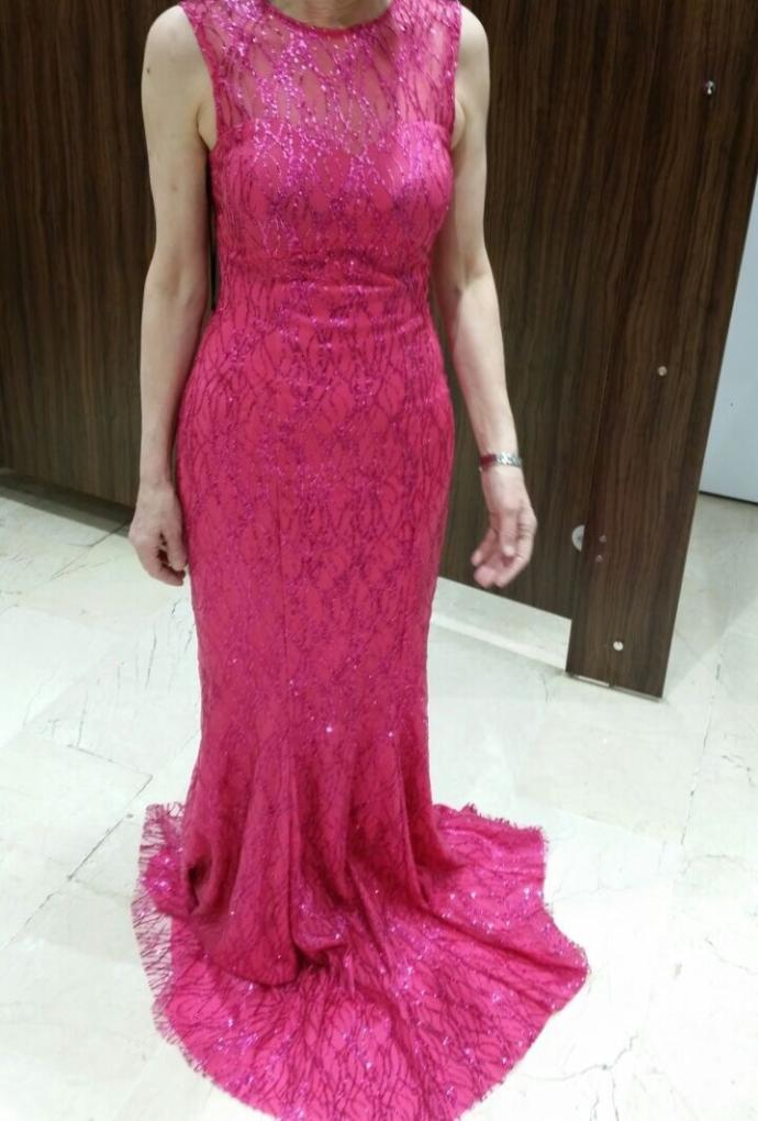 How is the dress ?