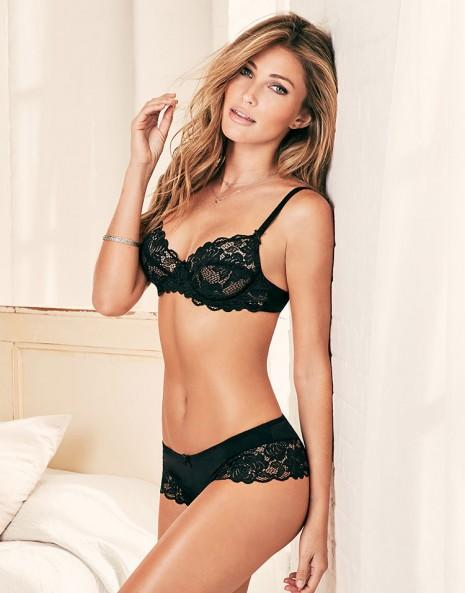What type of lingerie do you prefer/like the best on women?