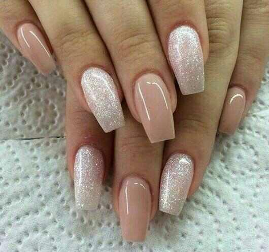 Guys what type of nails do you like on girls??