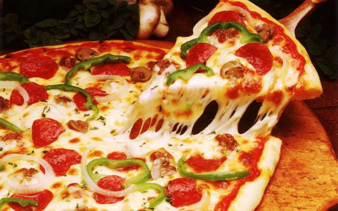 What is your favorite PIZZA RESTAURANT in your NEIGHBORHOOD that you swear by?
