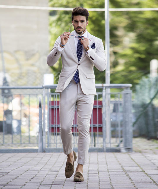 Do you ladies think trousers look good on guys?