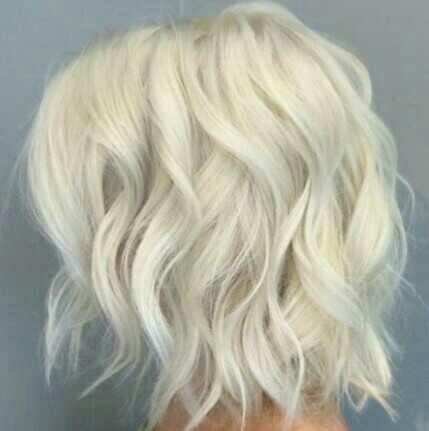 I'm a guy, What color should I dye my hair?