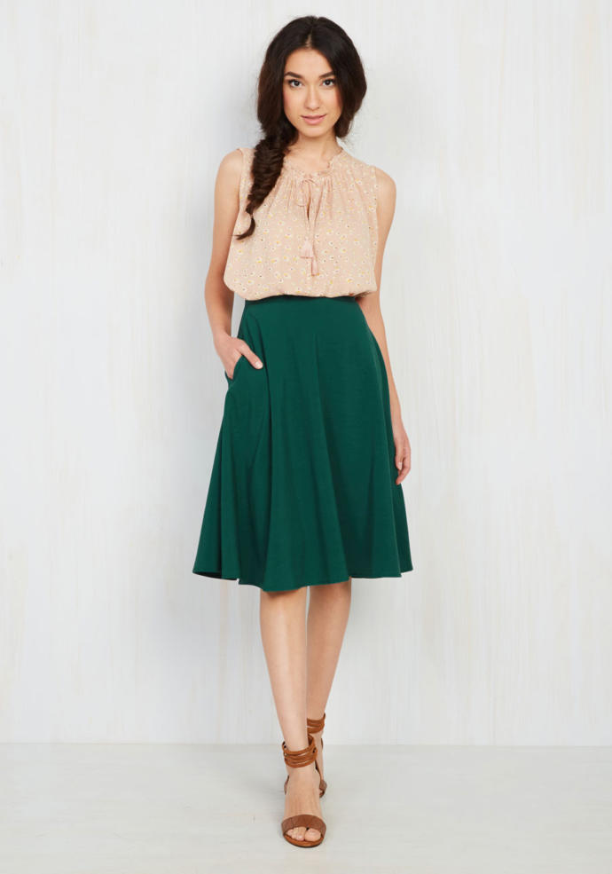 Do Men Like Short, Midi, or Maxi Skirts On Girls?