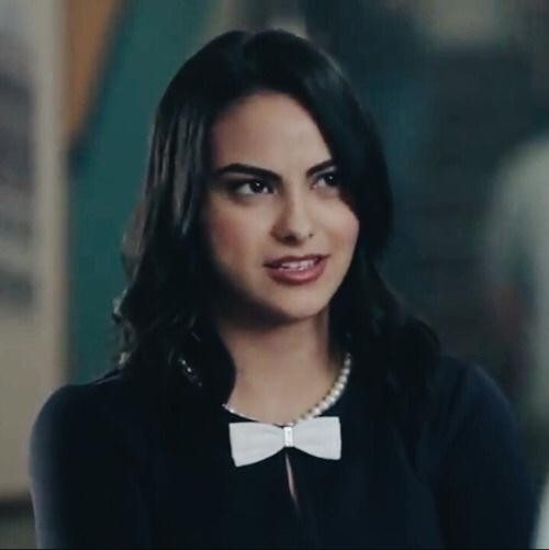 Is Veronica Lodge from Riverdale hot?