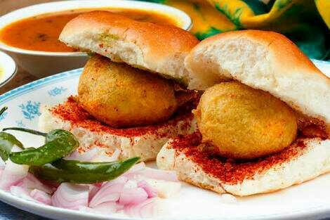 Did you ever ate VADA PAV in ur life? If yess then describe its taste?