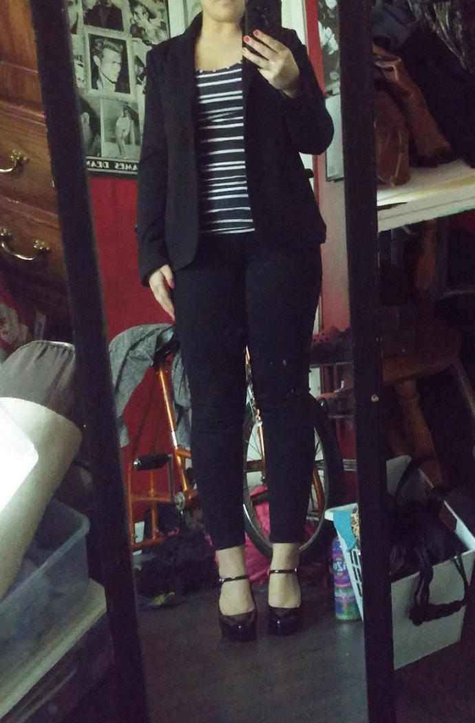 Is this outfit okay for a job interview?