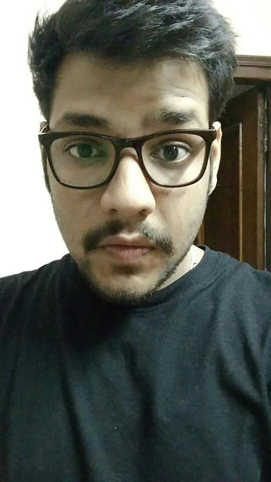 Which specs suit me more?