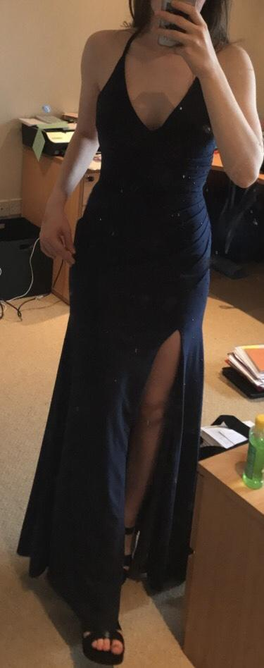 Opinions on dress and how it looks on me?
