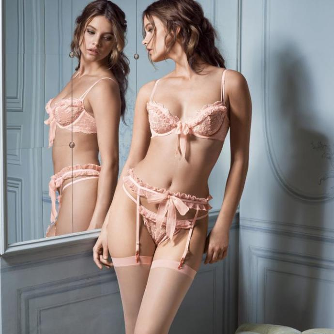 Which Lingerie set do you find most attractive?