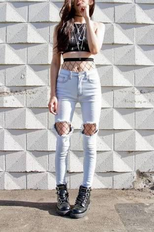 Guys what do you think about the fishnets jeans trend?