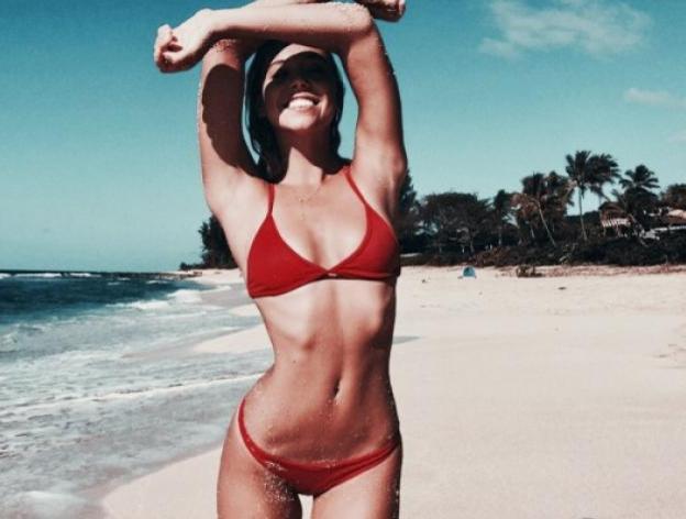 Which bikini do you prefer?