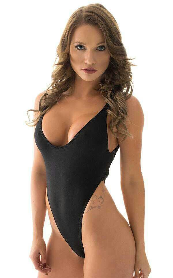 Would you agree that girls swim teams (highschool) should wear this as the game uniform??