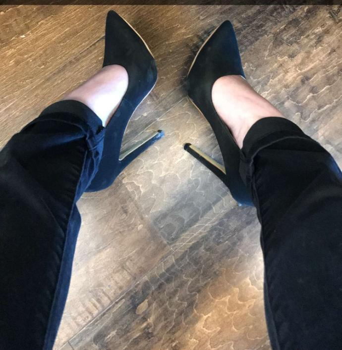 Which bottoms do you like her heels with better?