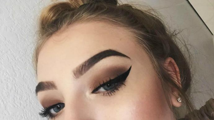 When will thick Instagram eyebrows go out of fashion?
