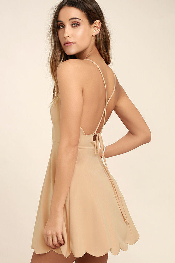 What color do you like for this dress?
