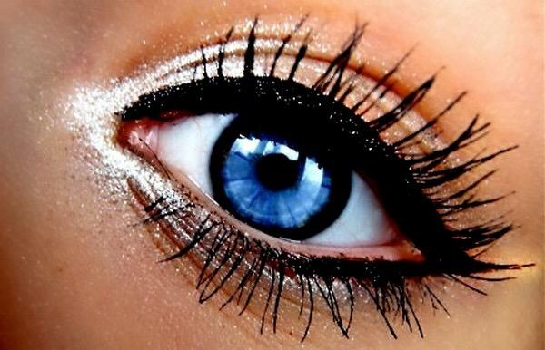Guys and girls what look do you prefer when it comes to eyes?