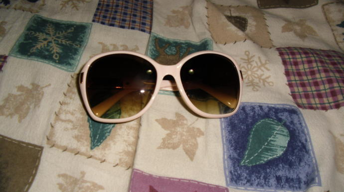 Would these sunglasses that I bought match with everything ?