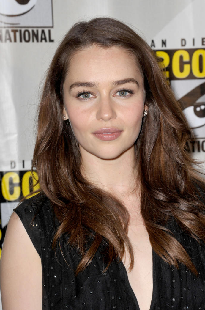 Who's more attractive: Natalie Dormer or Emilia Clarke (From Game of Thrones)?