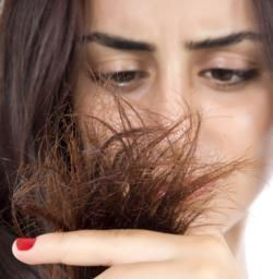 How to naturally prevent breakage of hair?