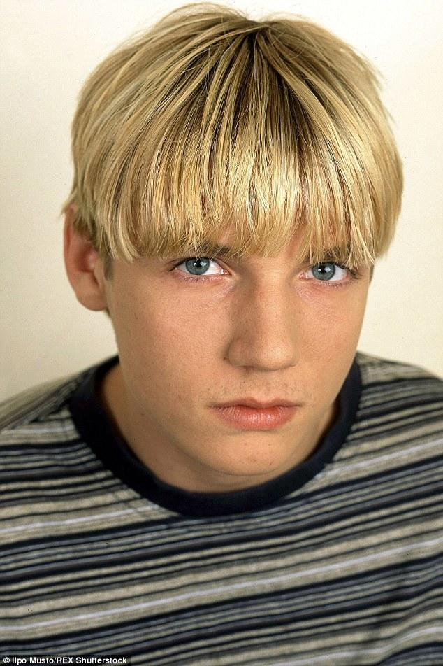 What's your opinion about, blonde hair in a bowl cut style and a pretty clean shaven face?