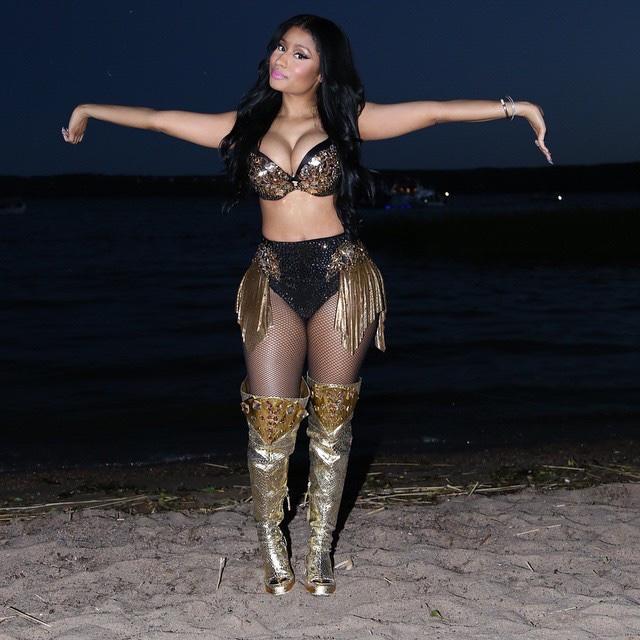 Do you prefer Nicki Minajs Barbie Body or...?