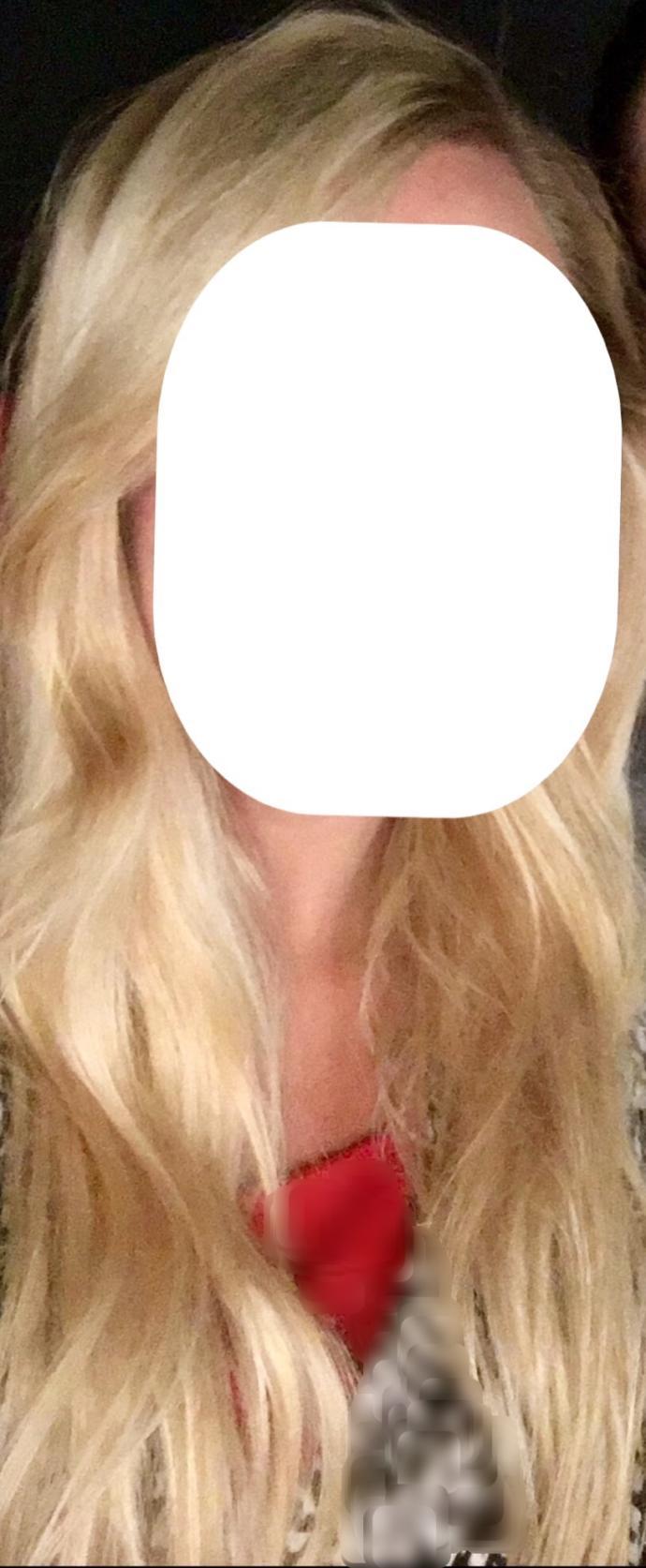 Do you like her hair?