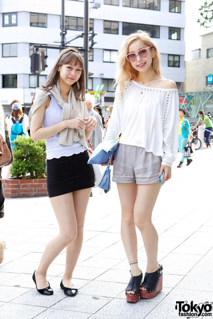 Miniskirt or short shorts, which do you prefer?