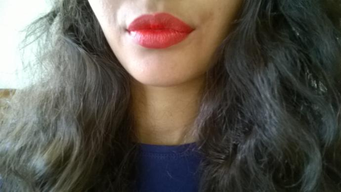 Red lipstick or pink lipstick?