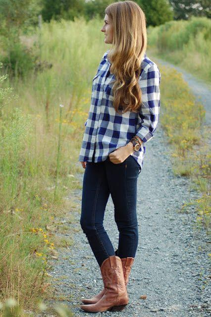 Guys, is it fine if a girl dresses like this?