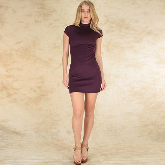 Which color is best on this bodycon dress?