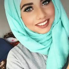 do you think she's pretty?