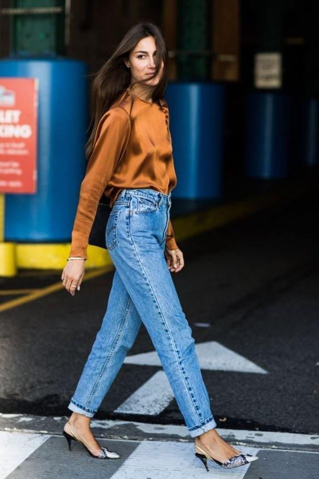 Mom jeans, hot or not?