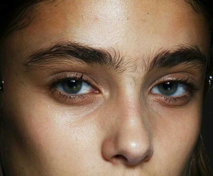 Plucked or natural eyebrows??