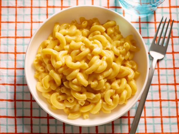 How do you eat mac n cheese?
