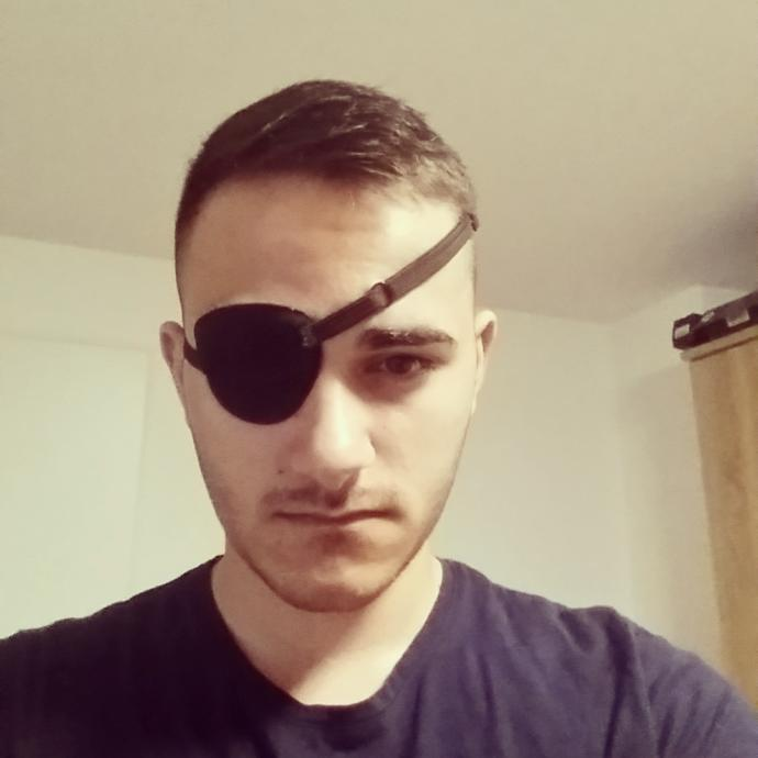 Girls, would u date a guy with an eyepatch ?