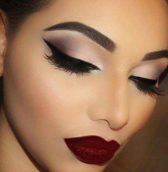 What kind of makeup do you like to see on a woman?
