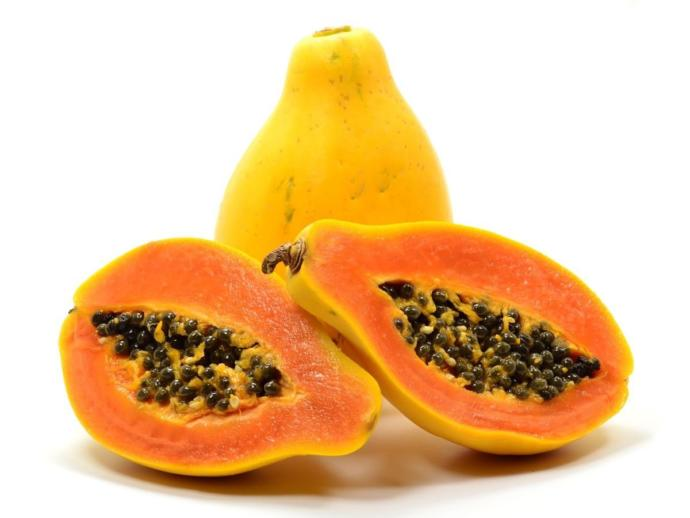 Guys, do you prefer a circumcised or an uncircumcised papaya on a woman?