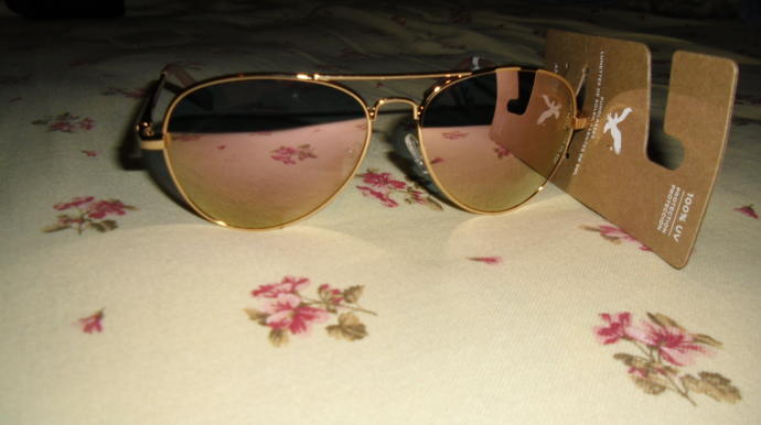 Would people noticed that these are women's aviator sunglasses?