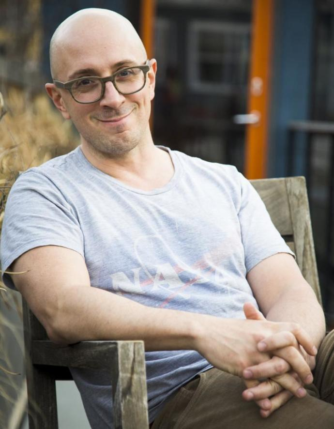 Is Steve Burns (Original Steve from Blue's Clues) more attractive before or after going bald?