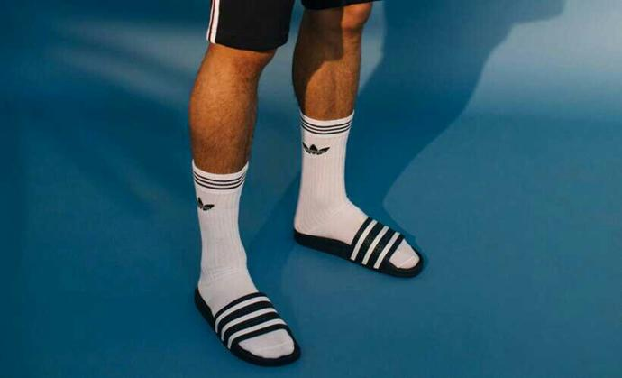 do you like it when guys wear Socks and Slides??