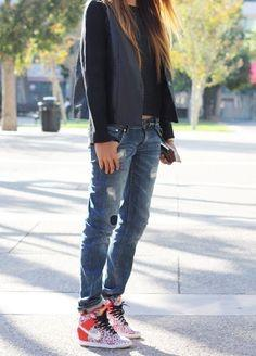 Guys, what is your favorite women's fashion style?