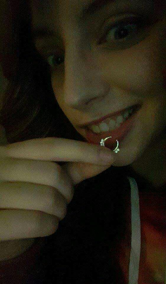 Nose ring...Or OH NOES RING...(No ring)?